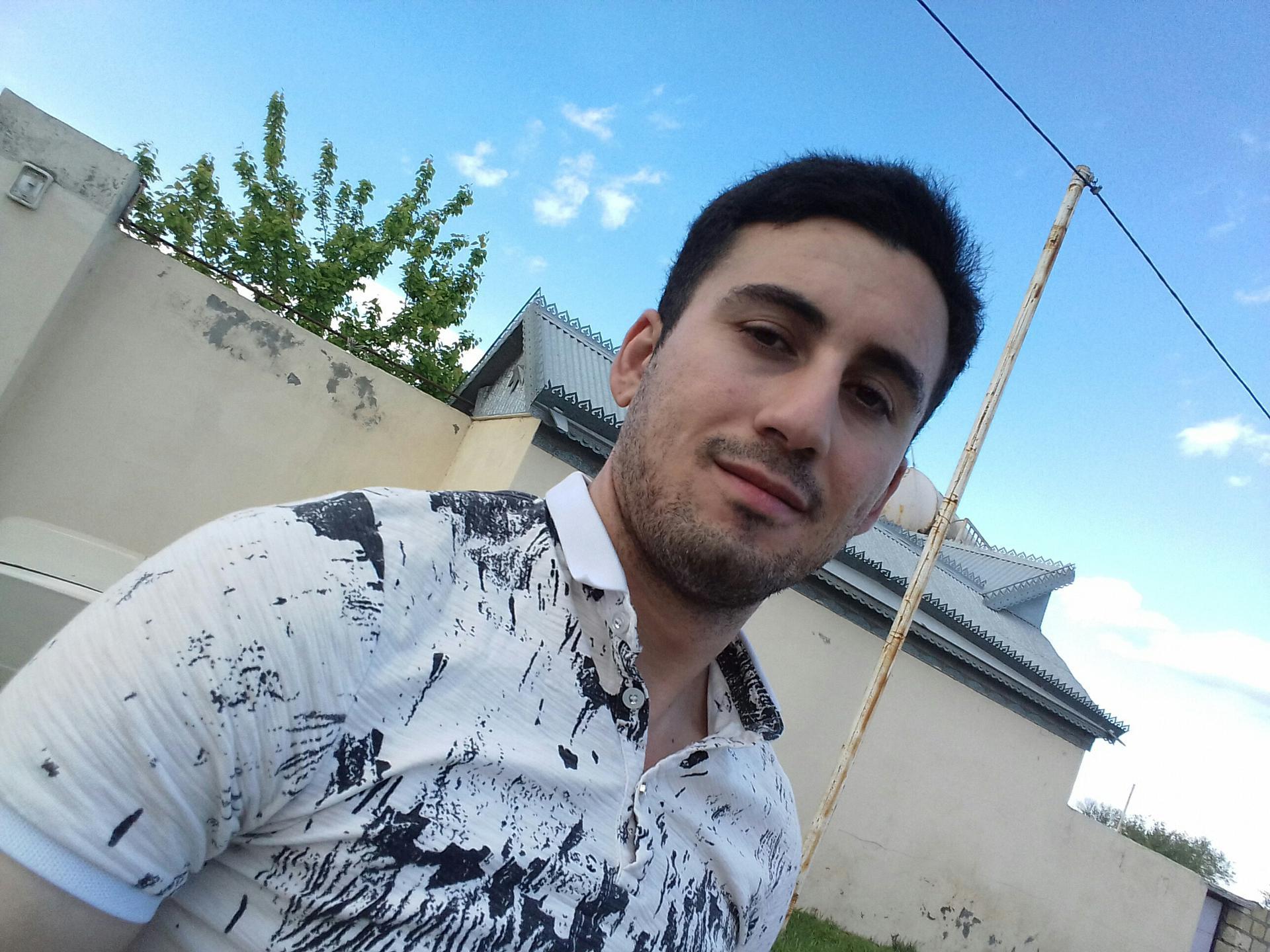 Саки чат знакомства знакомства в азербайджанские женщина видео