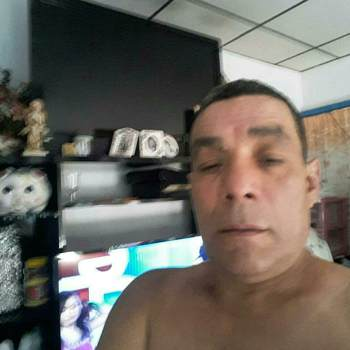 carlosl682_Massachusetts_Egyedülálló_Férfi