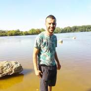 issamz25's profile photo