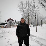 constantindragh8's profile photo