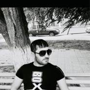 js8208's profile photo