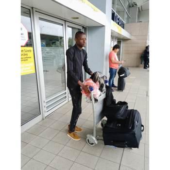 levisstanleydutekzaa_Abidjan_Single_Male