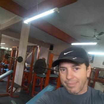 eduardoe385_Montevideo_Single_Lalaki