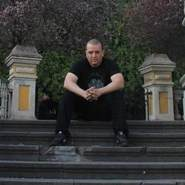 elyr974's profile photo