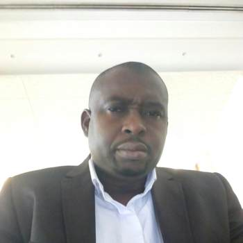djeriyat_Abidjan_Kawaler/Panna_Mężczyzna