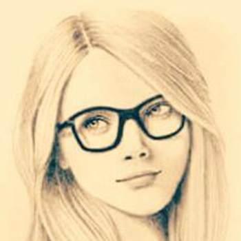 Lexie_28_Al Janubiyah_Solteiro(a)_Feminino