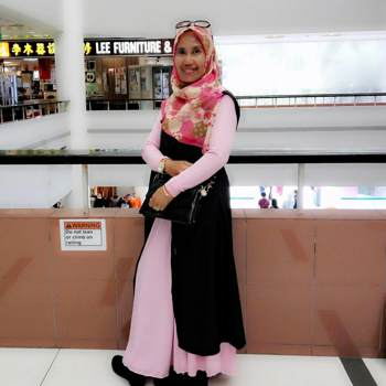 noerq692_Singapore_Single_Female