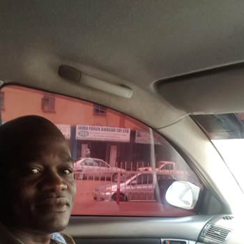 alvinm96_Kampala_Egyedülálló_Férfi