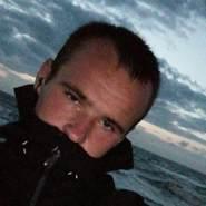 stevene128's profile photo