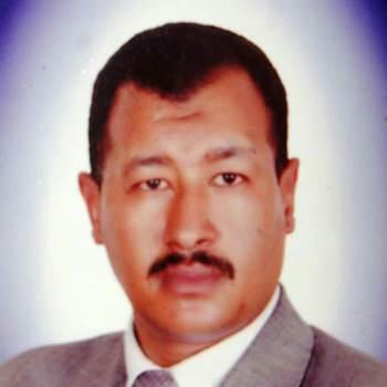 mdy198_Umm Salal_Alleenstaand_Man