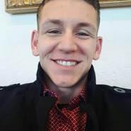 derekchris82's profile photo