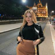 julia8327's profile photo