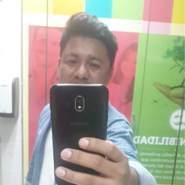 tom7142's profile photo