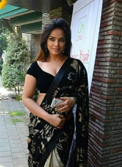 znajdź dziewczynę na randki w Delhi szybkie randki olathe ks