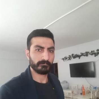 canc645_Istanbul_Alleenstaand_Man