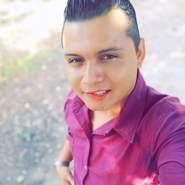 josueg695327's profile photo