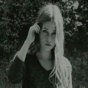 lisak40_New York_Ελεύθερος_Γυναίκα