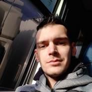 benjaming692587's profile photo