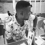Ugolibra's profile photo