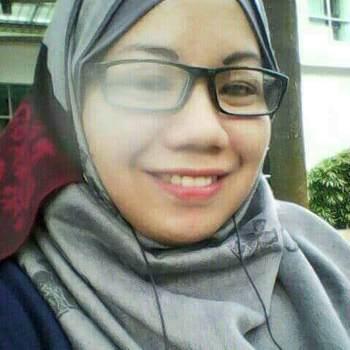 yantik9_Singapore_Single_Female