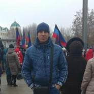 aleksandrb819276's profile photo