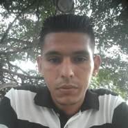larrye672040's profile photo