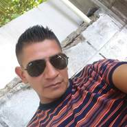 floresg425319's profile photo
