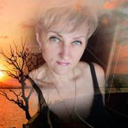 elenae819593's profile photo