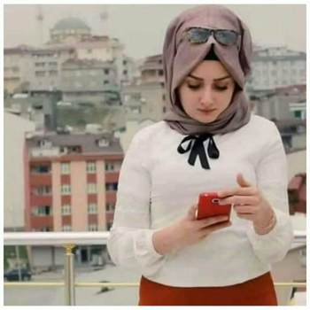 user_jntl93851_Amanat Al 'Asimah_Svobodný(á)_Žena