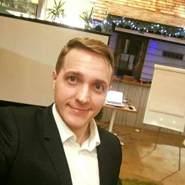 derekew's profile photo