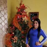 lauryj470615's profile photo