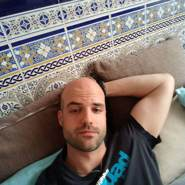 carloso122's profile photo