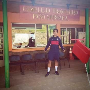 eduardof614687_Libertador General Bernardo O'higgins_Kawaler/Panna_Mężczyzna