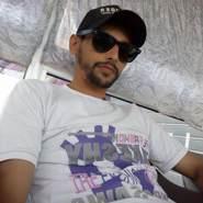 larbim682034's profile photo