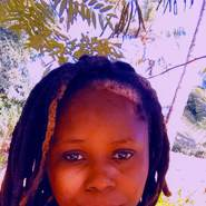 sarahs512595's profile photo