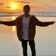 johny194190's profile photo