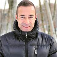 franklucks330899's profile photo