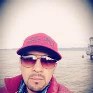 frank095895's profile photo