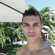 javierb397667's profile photo