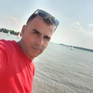 janos93's profile photo