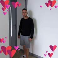 costyb407182's profile photo