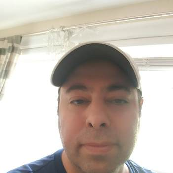 samm649358_New Jersey_Alleenstaand_Man