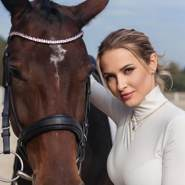 bella16306's profile photo
